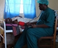 cataract-patient-with-the-doctor-in-the-ward